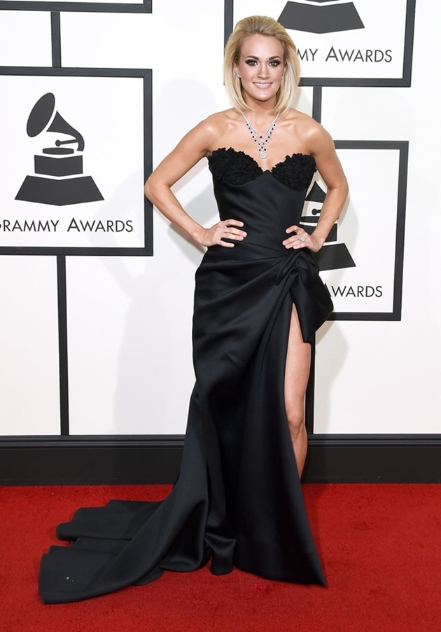 Carrie-Underwood-Grammys-2016-Red-Carpet