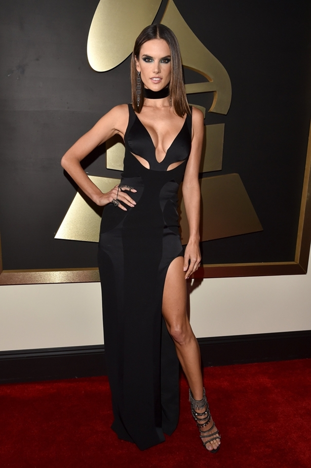 alessandra-ambrosio-grammys-red-carpet-2016