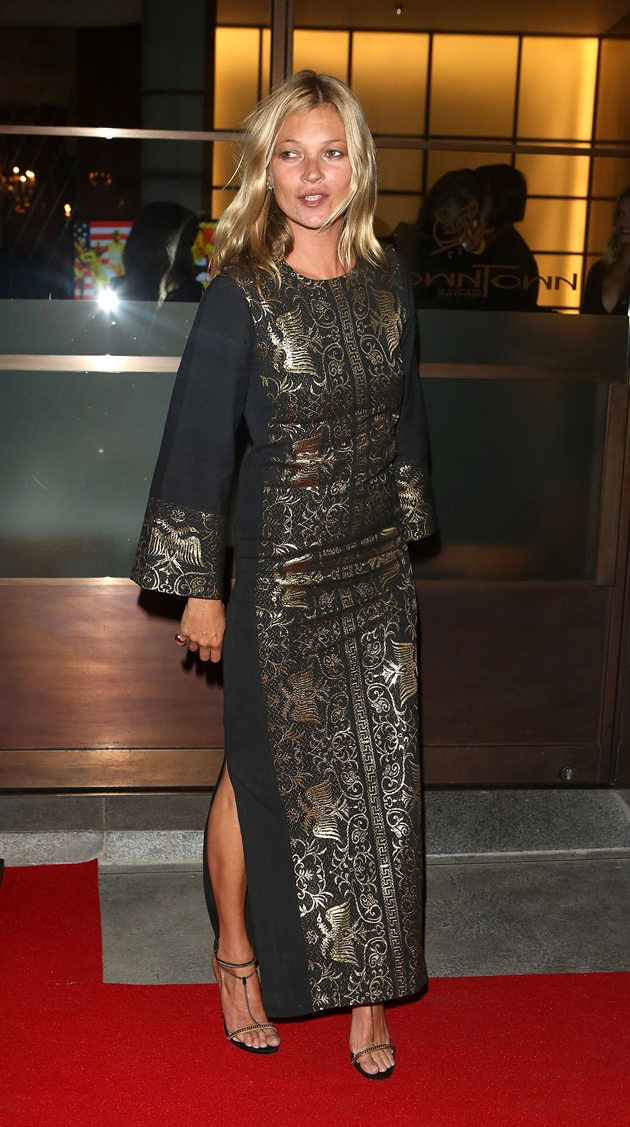 LONDON, ENGLAND - AUGUST 09: Kate Moss attends Fashion for Relief a Charity Dinner hosted by Naomi Campbell at Downtown Mayfair on August 9, 2012 in London, England. (Photo by Tim Whitby/Getty Images)