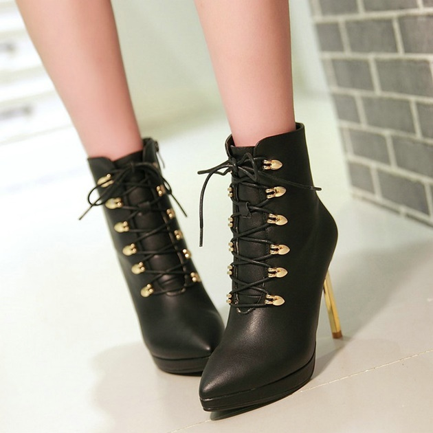 lace up boots for woman