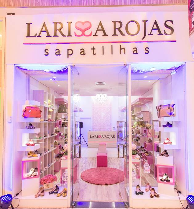 Larissa Rojas shopping Norte Sul