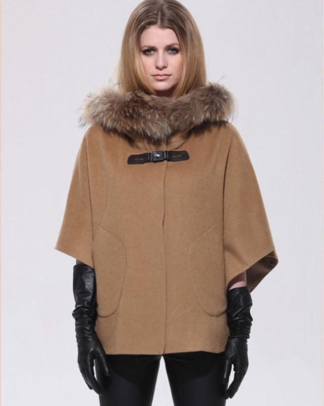 fashion_ladies_wool_cape_poncho_with_fur_hood_leather_contrast_tie_front