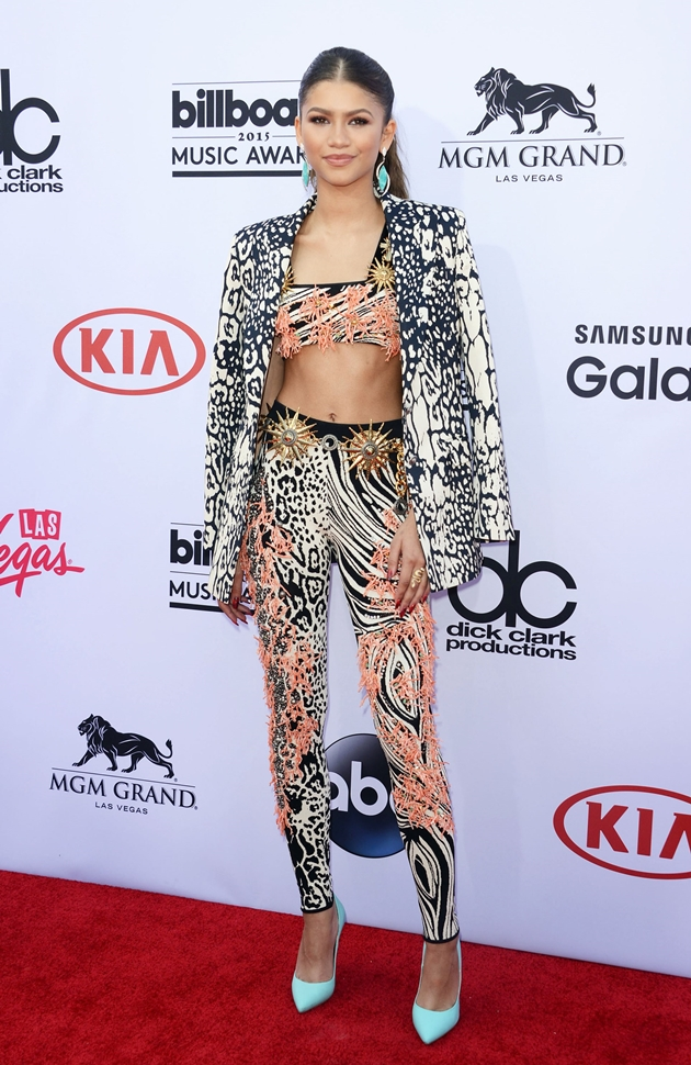 Zendaya-Coleman-2015-Billboard-Music-Awards-1